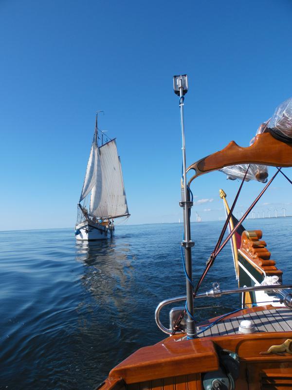 Motor- und Segelgetrieben im Marker Meer
