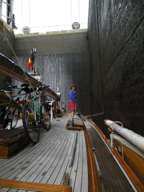 Noch ein Weltkulturerbe – Das Schiffshebewerk Ronquiere
